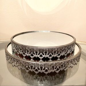 Set of 2 Circle Mirrored Trays by Barreveld